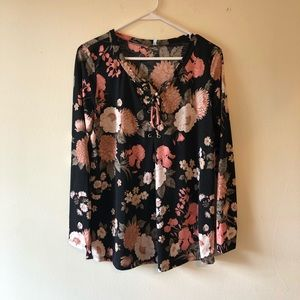 Auditions floral long sleeves top size Medium